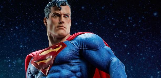 180811-dc-comics-superman-premium-format
