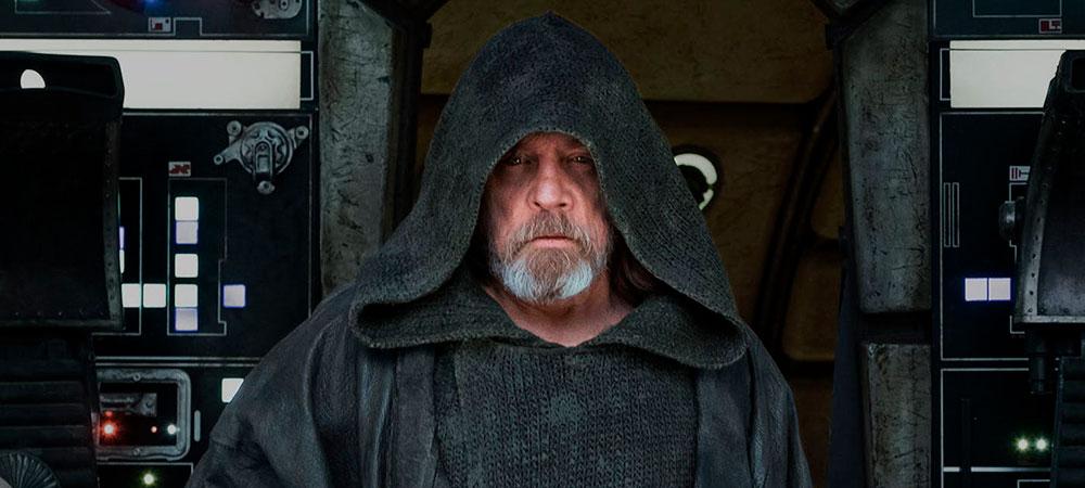 173617-Mark-Hamill-Last-Jedi.jpg