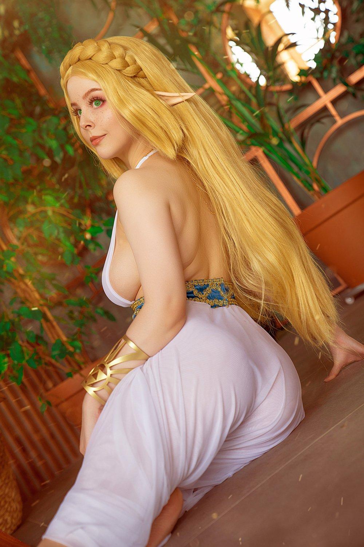 115314-cosplay_zelda_by_disharmonica_del